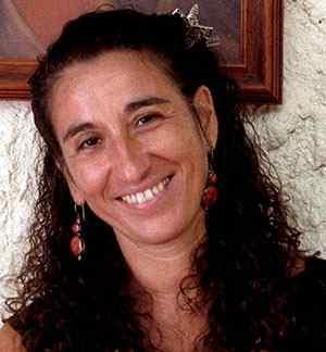 Lúcia D. Torres